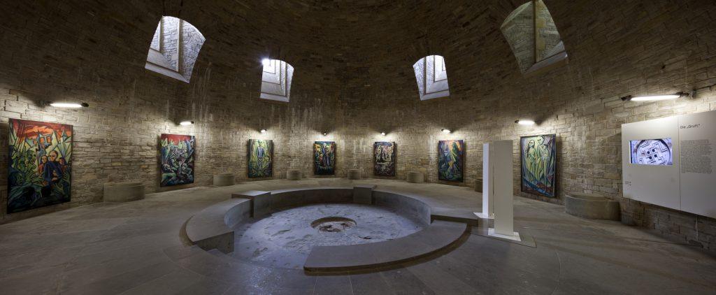 The crypt diplays reconstructions of the memorial cycle by Josef Glahé , first shown in in 1950, and incorporates Expressionist motifs depicting the horrors of war. Picture: M. Groppe, 2010, Kreismuseum Wewelsburg