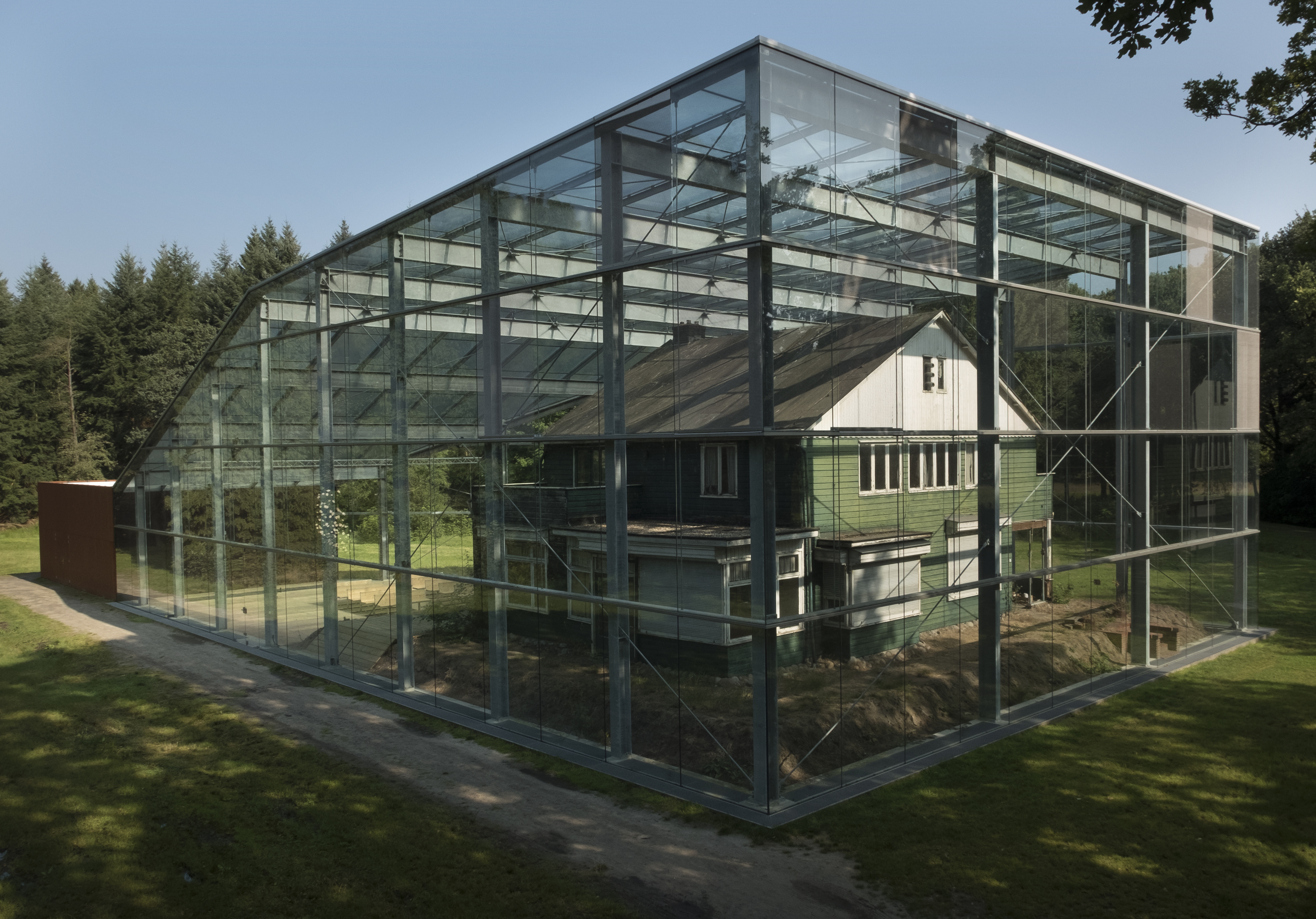 Nederland - Hooghalen - Drenthe - 06-09-2016 Herinneringscentrum voormalig kamp Westerbork. Commandantswoning. Foto: Sake Elzinga