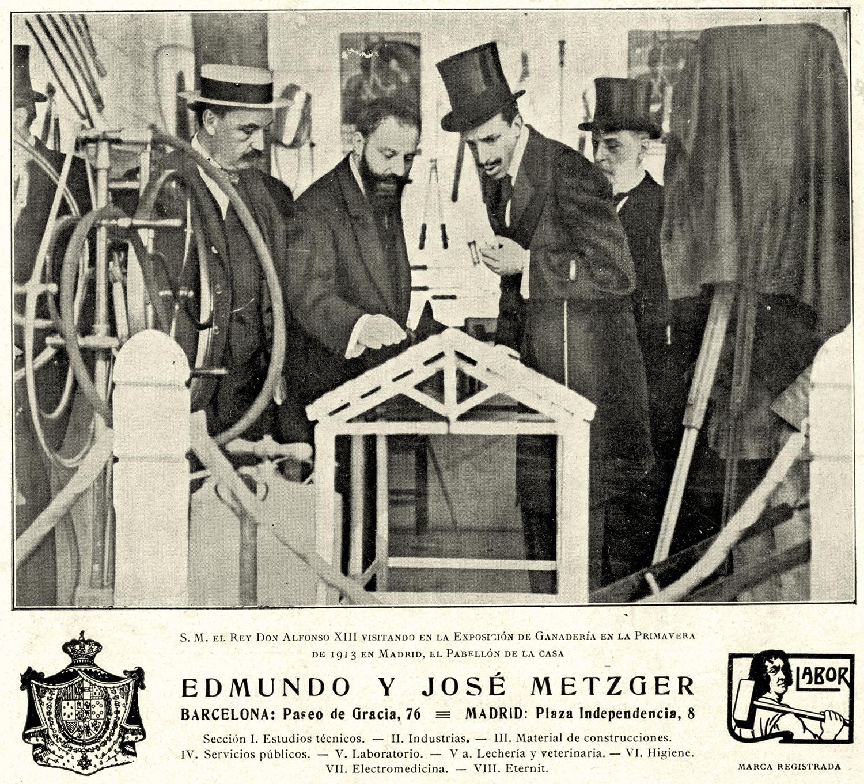 Els germans Metzger mostrant maquinària Labor al monarca Alfons XIII, 1920 | Biblioteca Nacional de España (BNE). Biblioteca Digital Hispánica.