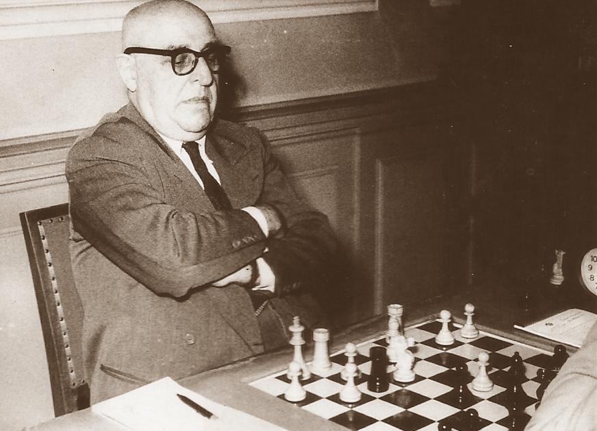 Ossip Bernstein playing a chess game after the Second World War | Josep Calvet.