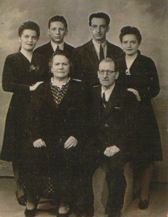 Família Birnbaum. D'esquerra a dreta. A dalt: Nina, George, Henri i Annie. A baix: Elena i Simon (els pares) | Henri Birnbaum.