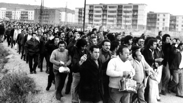 Picture: March of the workers of Roca Radiadores, February 1977.  By Jordi Soteras. Photographic collection AHCO